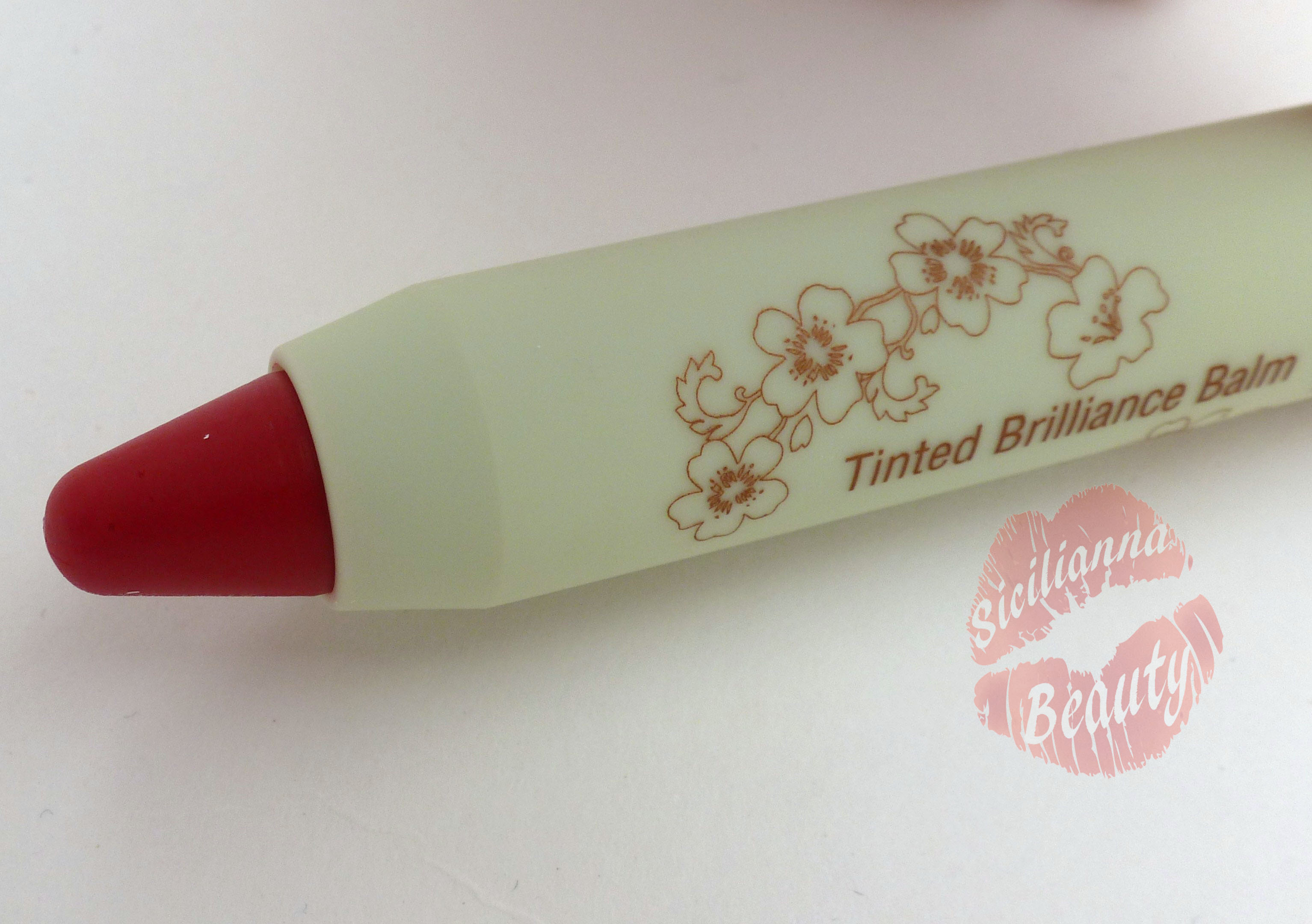 REVIEW: Pixi Beauty Tinted Brilliance Balm in Rosy Red