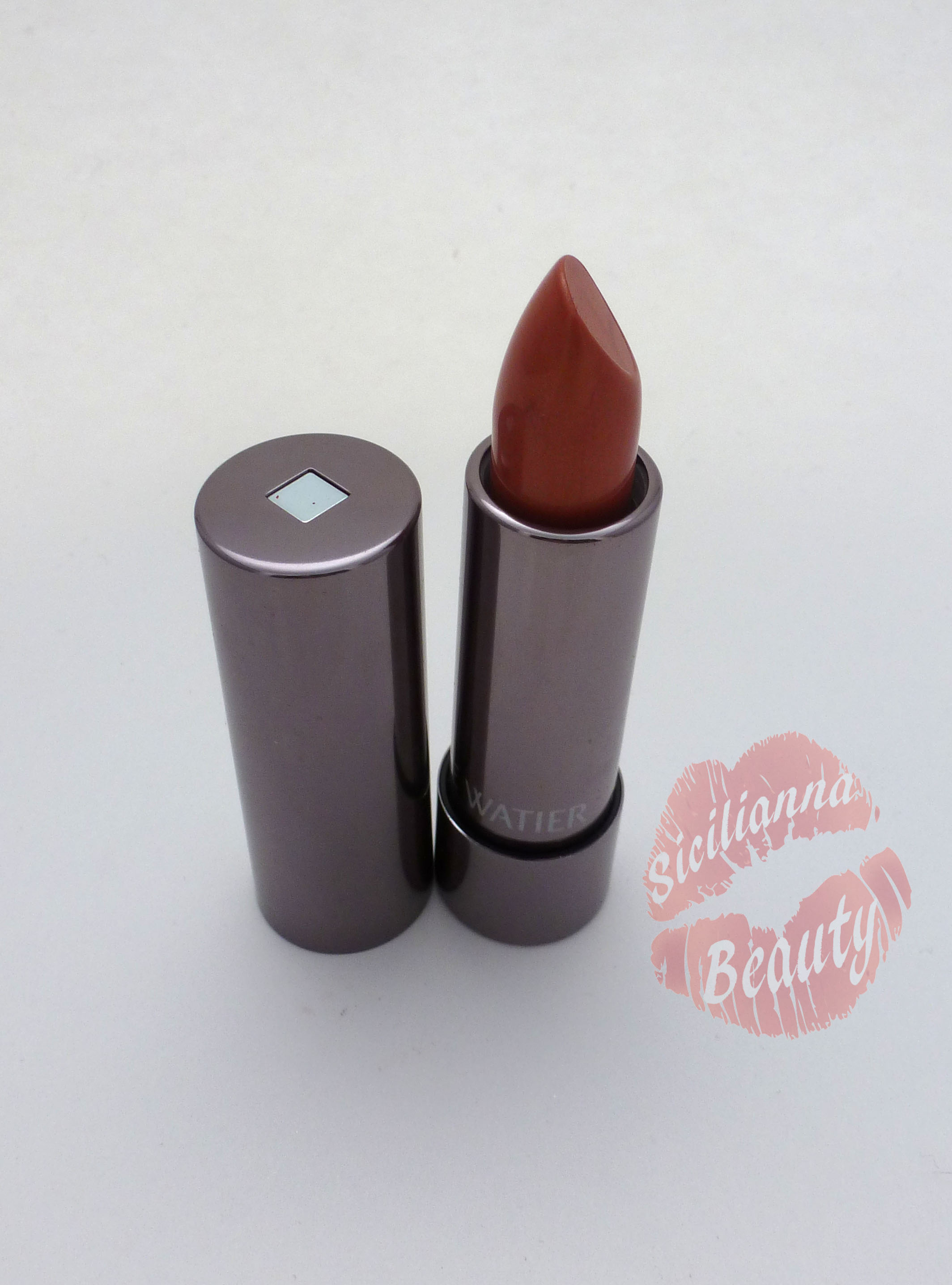 REVIEW: Lise Watier Rouge Groumand Lipstick in Pomme Canelle