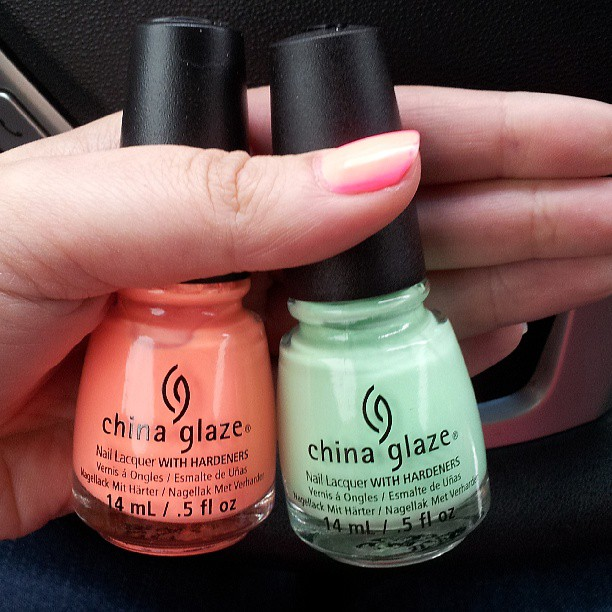 REVIEW: China Glaze Highlight of My Summer & Sun of a Peach from Sunsational for Summer 2013