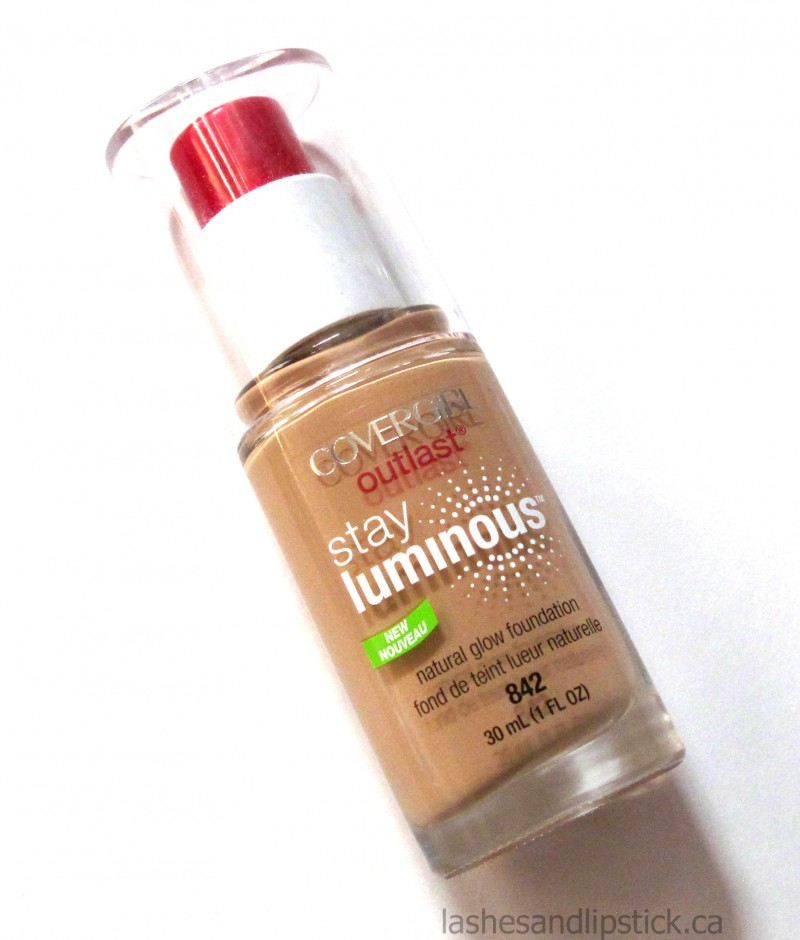 REVIEW: Covergirl Outlast Stay Luminous Foundation